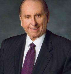 Riflessioni su Thomas Monson e sulla Conferenza Generale mormone